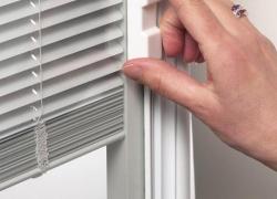 patio-door-raise-lower-and-tilt-blinds